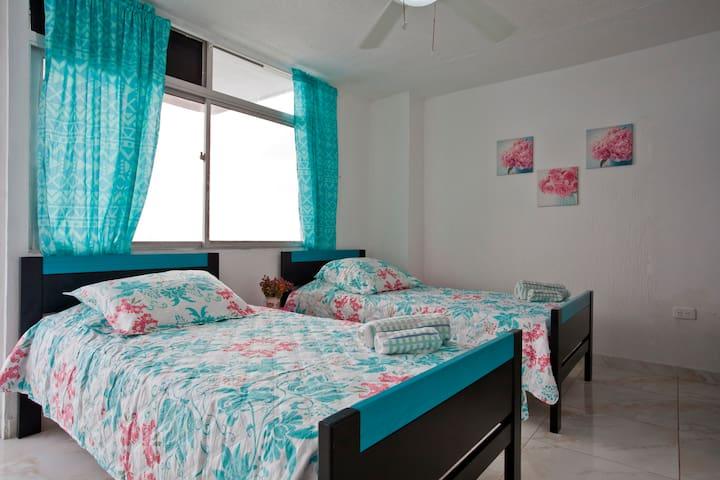 Second bedroom - on ocean