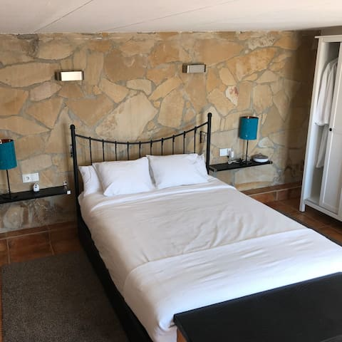 Spacious bedroom with Queen-Size bed, possible to add Baby Bed (No extra cost)