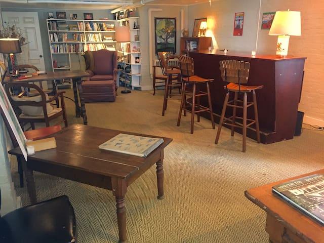 Snowden Library Bar