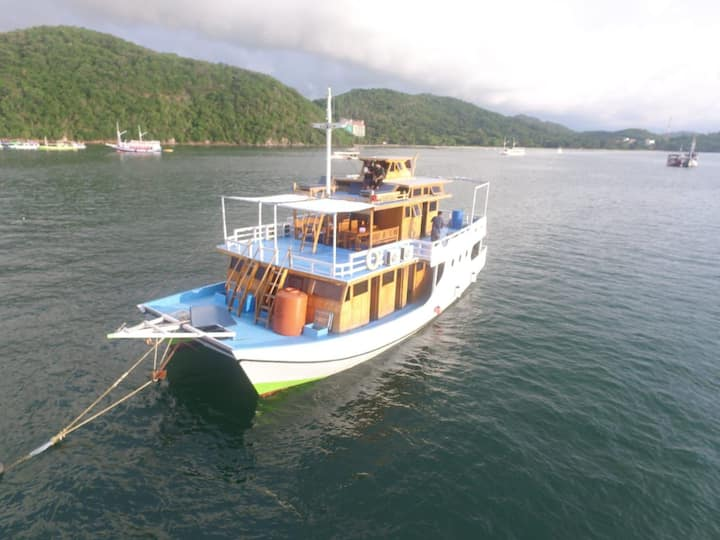Private Boat KOMODO Catamaran's