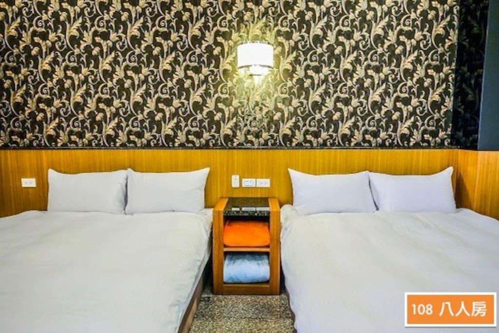 (冬山河分館)108 八人房 Four beds room