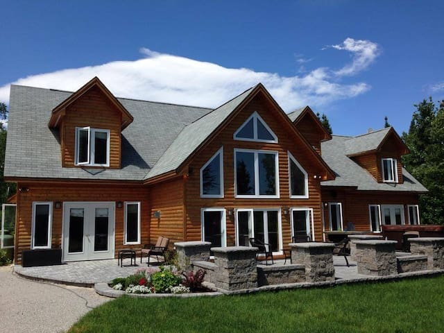 15 Beach Place Chalet - Humber Valley Resort