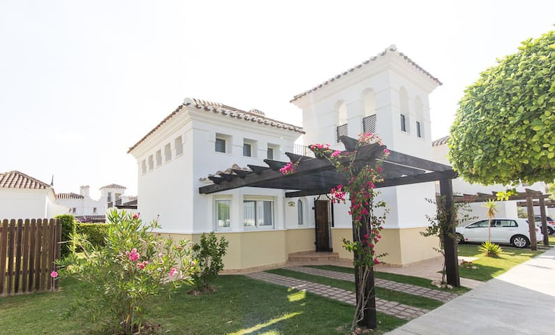 2 storey detached house & garden - Torre-Pacheco - Hus