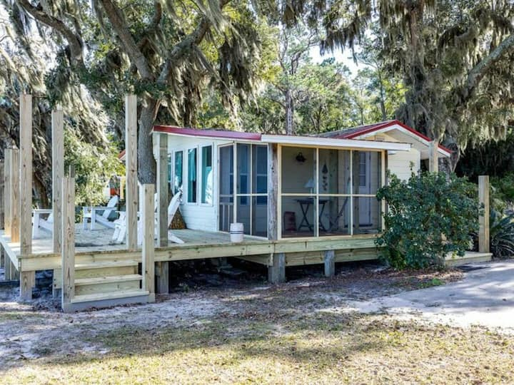 Ft Morgan Baywatch by Meyer Vacation Rentals 1 Bedroom 1 Bath Sleeps 4