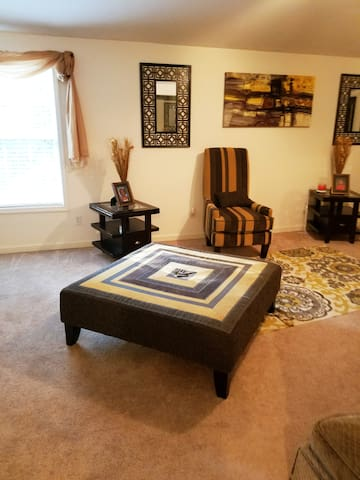 Cozy home in Conyers