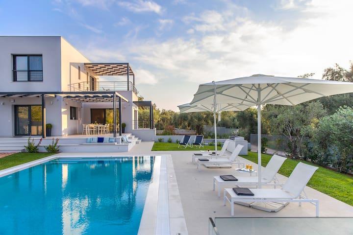 Villa Dione - Chalikounas