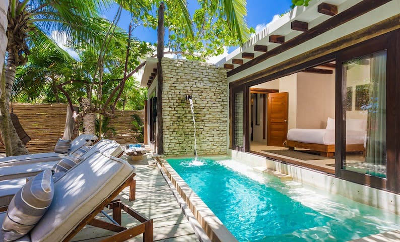 *SALE* - New 4BR Tulum Luxury Beach Villa!