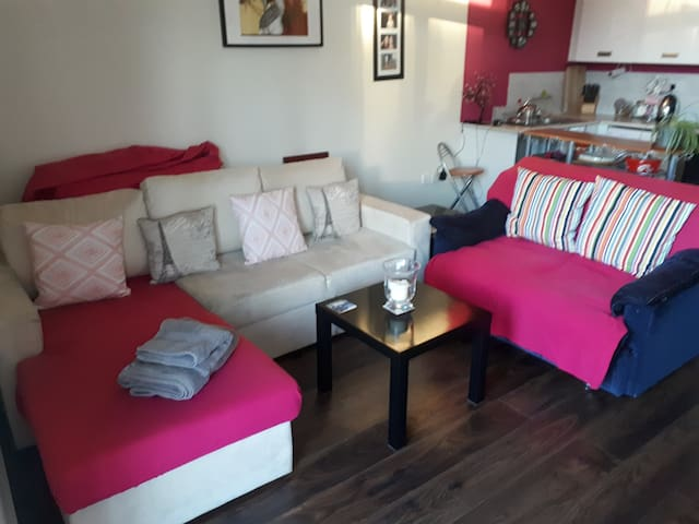 Donabate Home with double sofabed