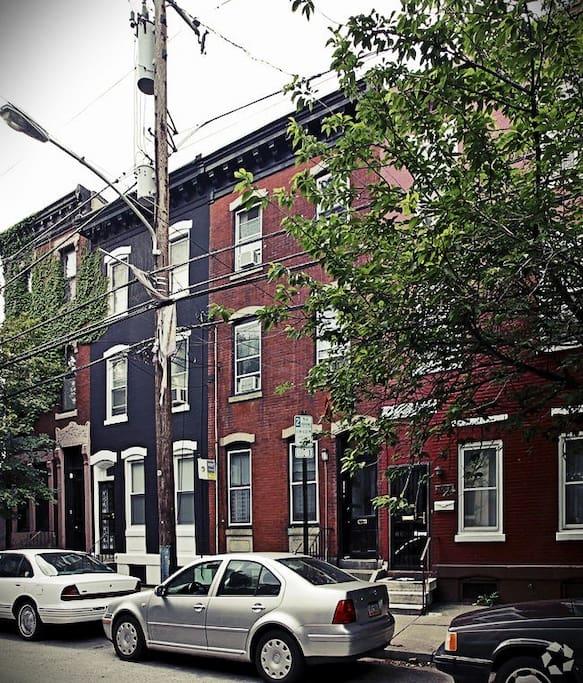 The Center City Bainbridge Place 2 Bedrooms Apartments For Rent In Philadelphia