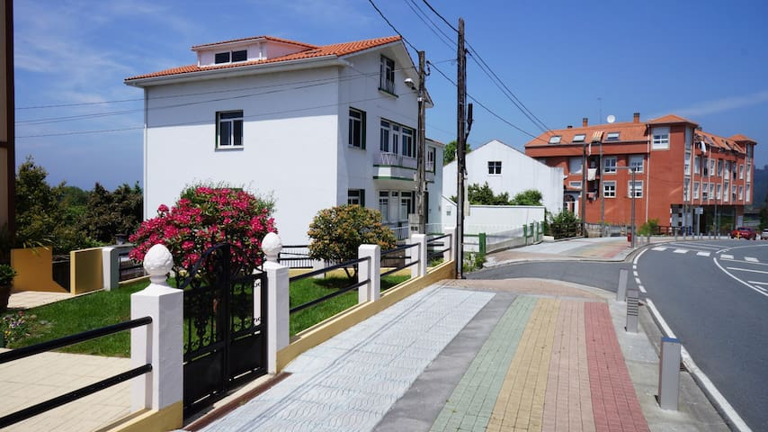 Miño town centre apartment, beach 500m - Miño - Wohnung