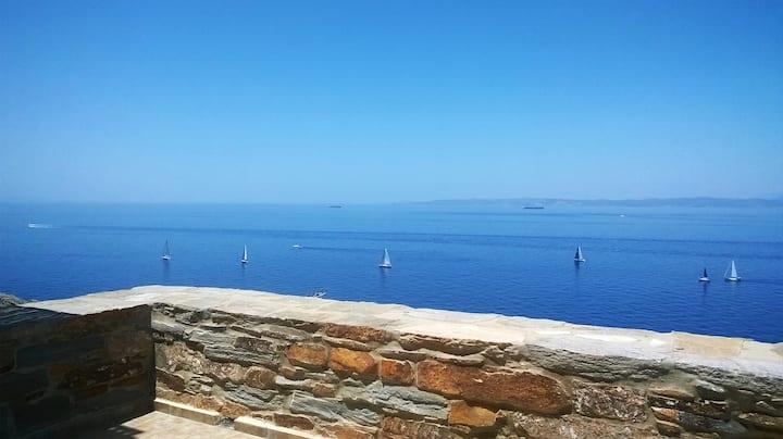 Cozy studio for 2 over the Aegean Blue