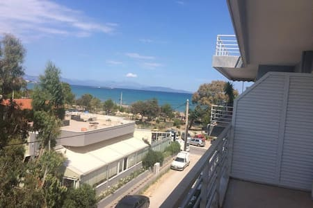 ARTEMIDA Beachfront Flat Sleeps 2 - Artemida