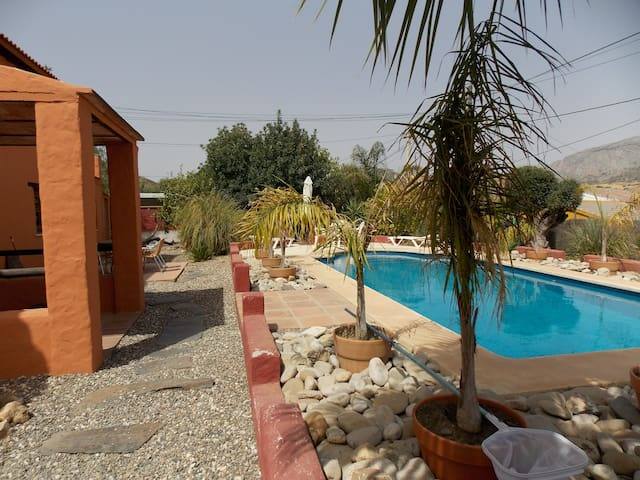 Flat with swimming pool near Caminito Del Rey
