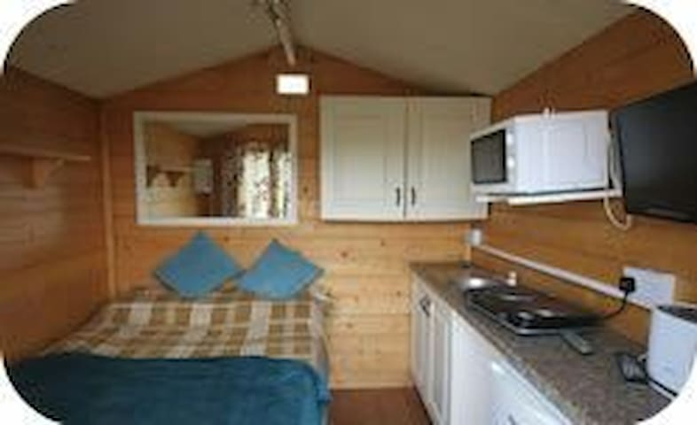 Glamping in Camp - cappaclogh west