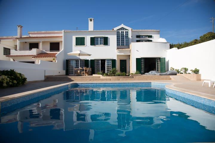 São Julião Beach House -private pool- Ericeira