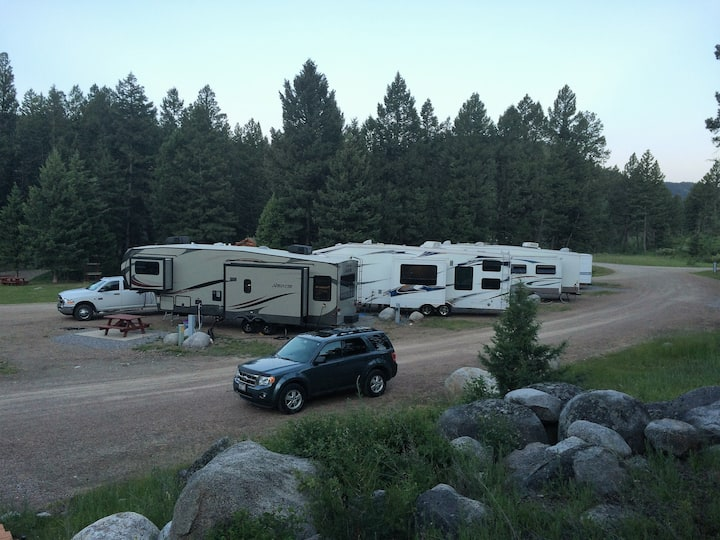 Scenic RV Site #2 Pull Through with Full Hookups