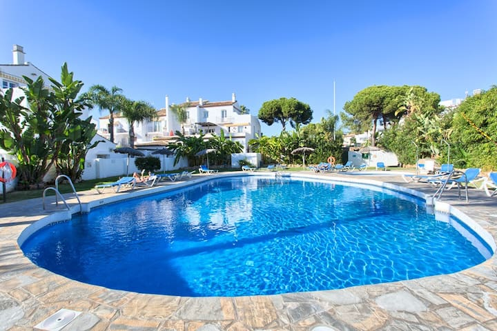 Luxury near Puerto Banus w/pool & tennis