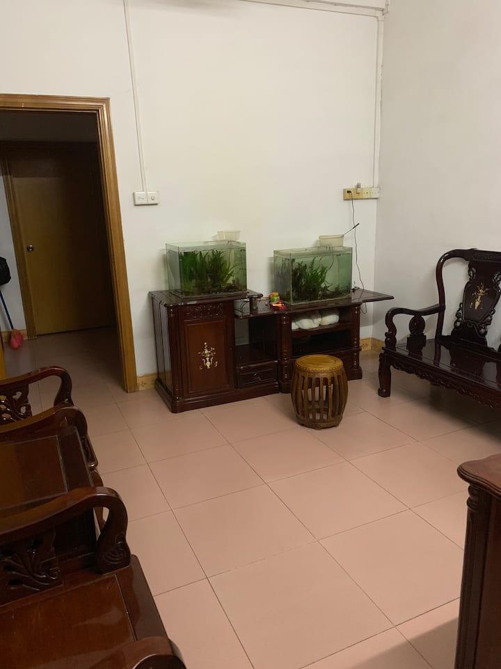 Clean and quiet Apartment