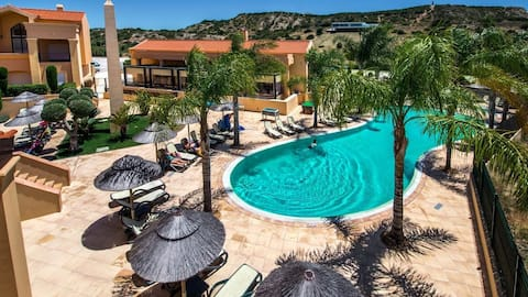 Baia da luz pool apartment
