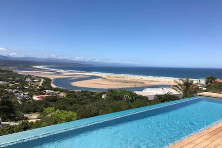 Infinite Blu - Marine Room .... with endless views - Plettenberg Bay