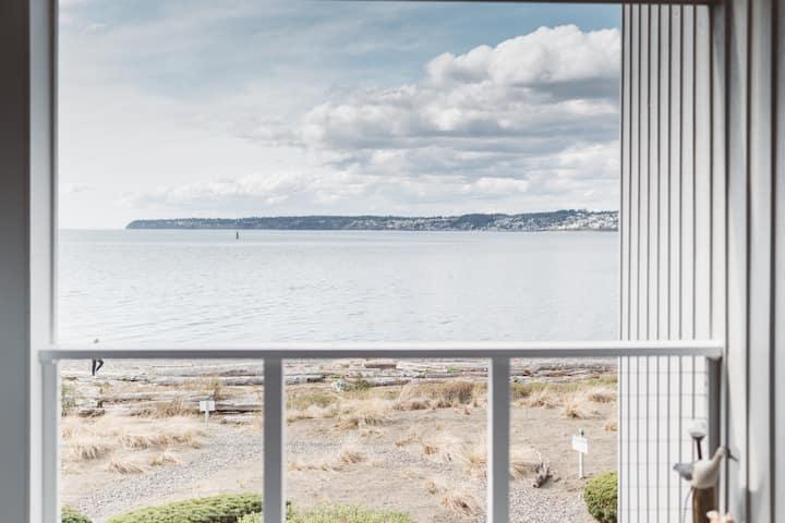 Amazing Seaside Condo Steps to Resort 2BD W/Views