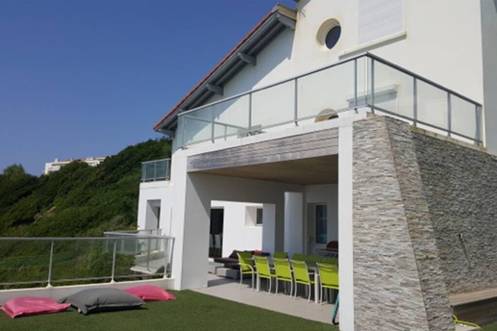 Villa vue de l'extérieur