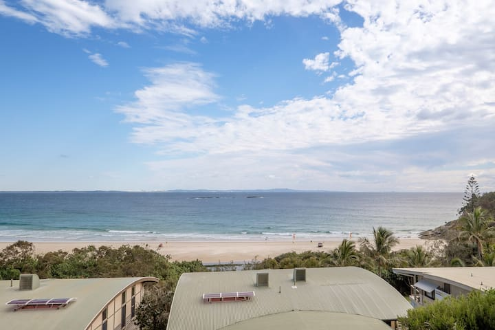 Claytons 9 Beach Front Apartment - Point Lookout - Apartment