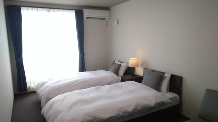 Ideal for Kyoto sightseeing! 2 minutes on foot from the station