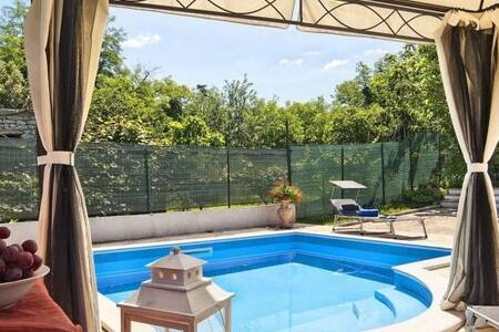 Istrian  house with swimming pool