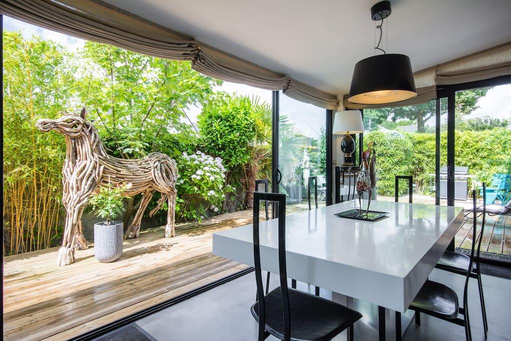 alnojelia maison d 39 architectes chambres d 39 h tes louer la baule escoublac pays de la. Black Bedroom Furniture Sets. Home Design Ideas