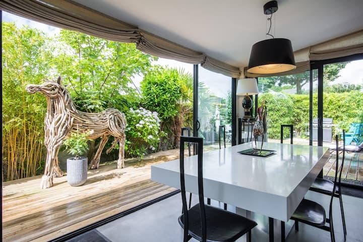 """""""ALNOJELIA"""" Espace privé dans maison d'architecte"""