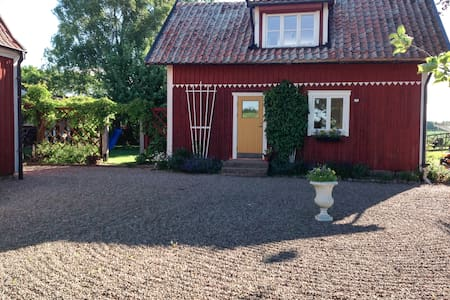 """Magasinet"" Bed & Breakfast nära Vadstena"
