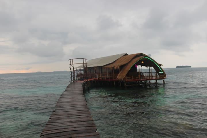 Planet house karimunjawa (floating)