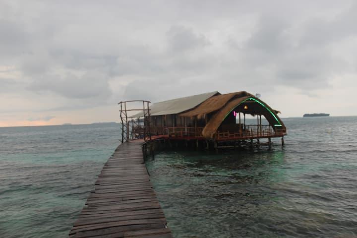 Planet house karimunjawa (floating)