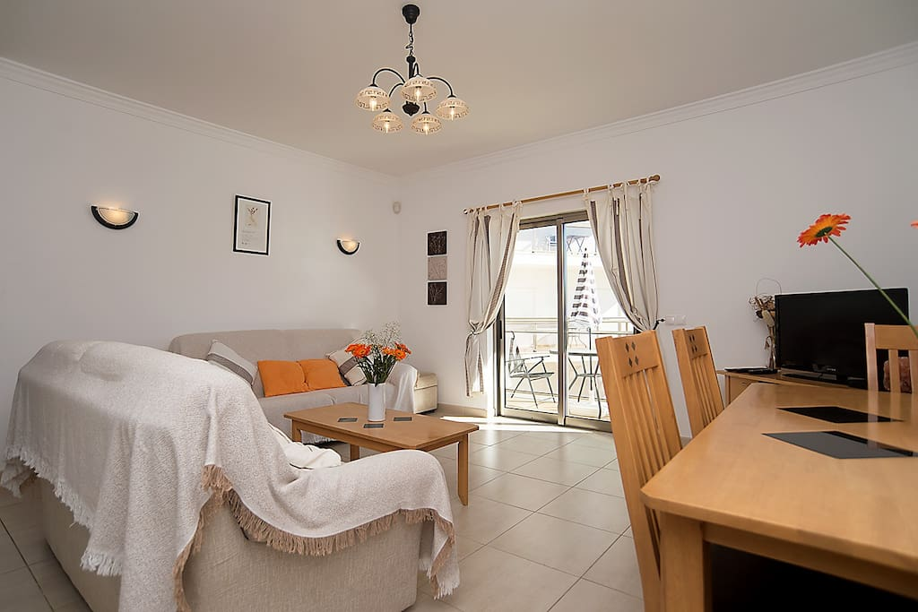 Spacious & Bright Lounge, Dining Room, Sunny Balcony.