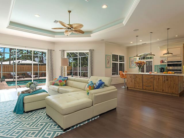 SandCastle Sister - Authentic Living in Naples