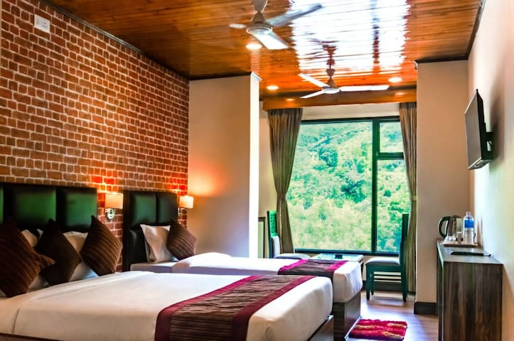 Tin Tin Boutique Hotel (Deluxe Room)