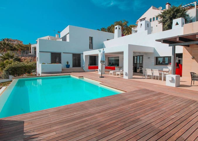 6 bedroom luxury modern villa Benahavis - Benahavis - Villa