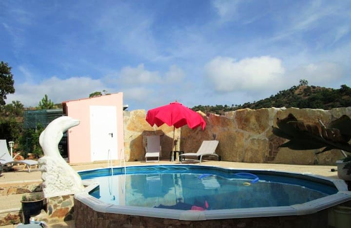 House with one bedroom in Alte, with wonderful mountain view, private pool, furnished garden - 30 km from the beach