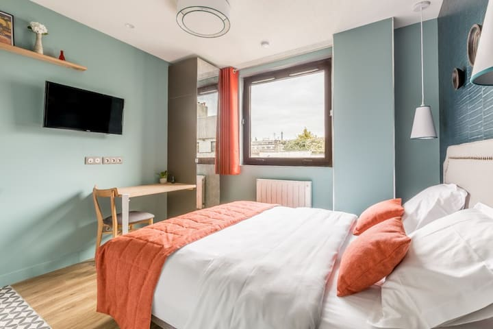 Cozy Suite with AC for 2 - Porte de Versailles