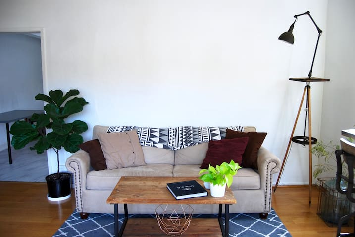 Lovely 1BR Stay in Silverlake - Los Angeles - Huis