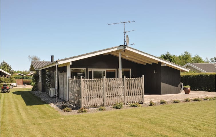 Holiday cottage with 3 bedrooms on 90m² in Otterup