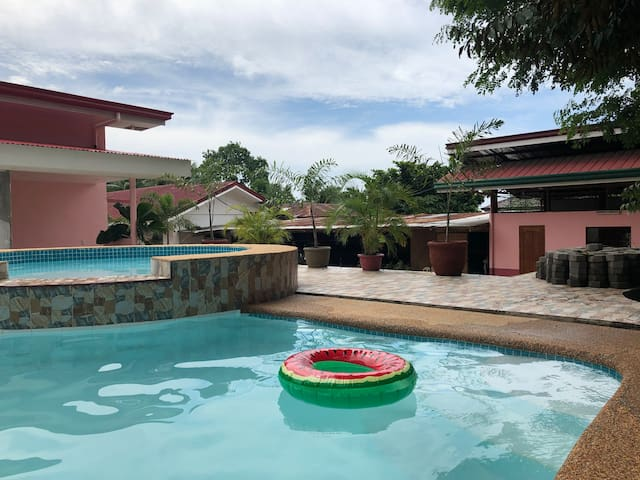 Havendwell Resort in the heart of the Island