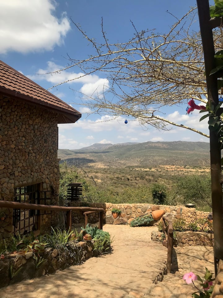 Charming 3BR Country House with Awesome Views