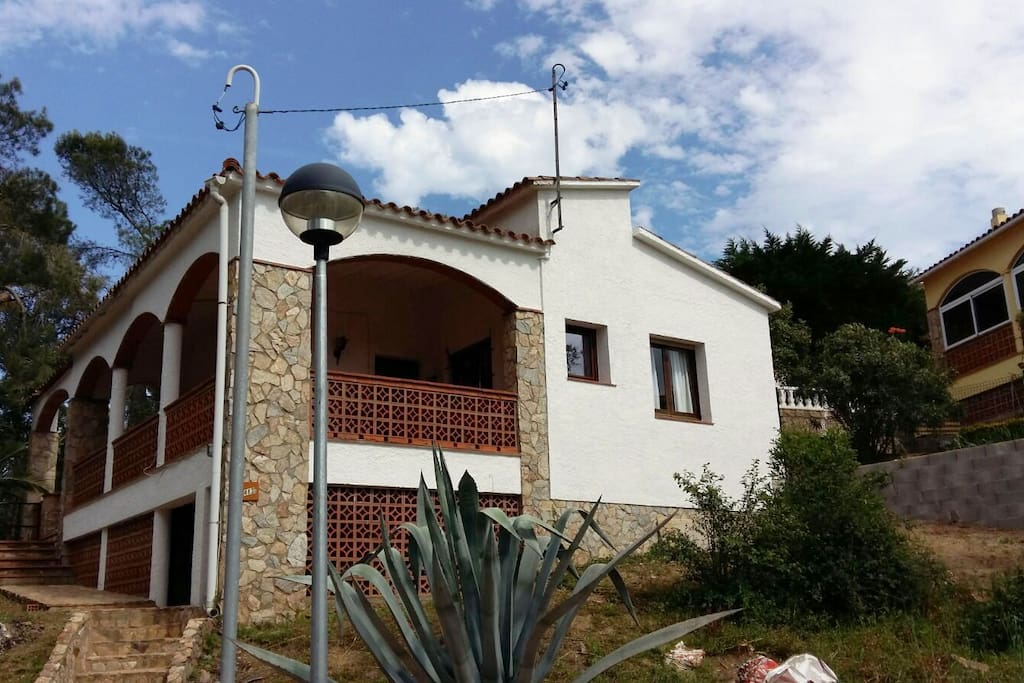 Casa individual mastomasi 483b costa brava casas en - Casas alquiler costa brava ...