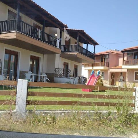 Karagiannis House - Apartment 2