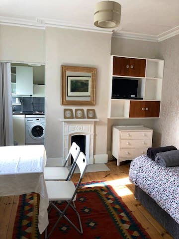 Studio Flat near Heathrow