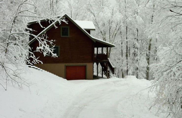 Snowshoe Hideaway