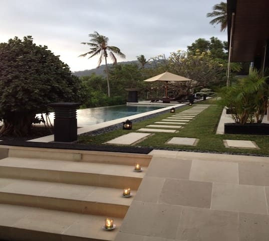Welcome from the lobby / restaurant area towards the Magic Infinity pools  ... book a memorable experience !