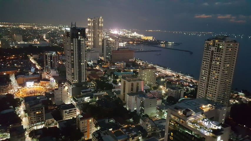 Unforgettable View On Manila Bay